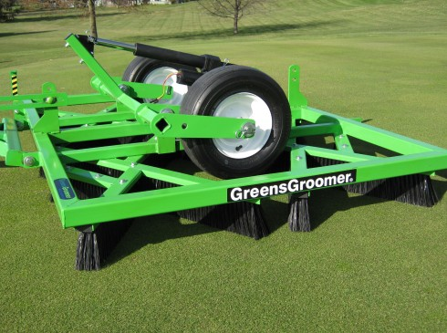 foto van greentek greensgroomer golf